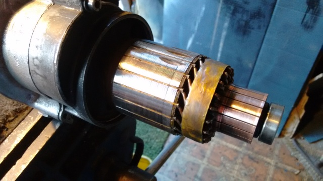 In the vice, cleaning the commutator