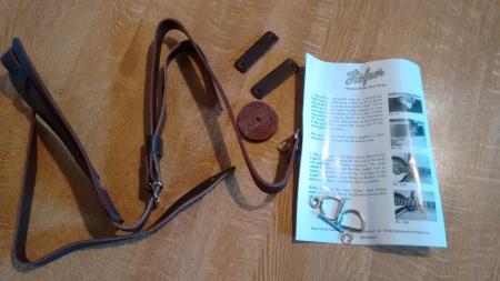 Hofner dog-lead strap