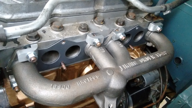 Fitting the manifold